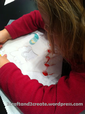 making patterns on a bandana